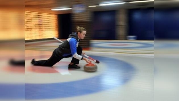 La selección rusa gana el segundo partido de curling de la Copa de Europa