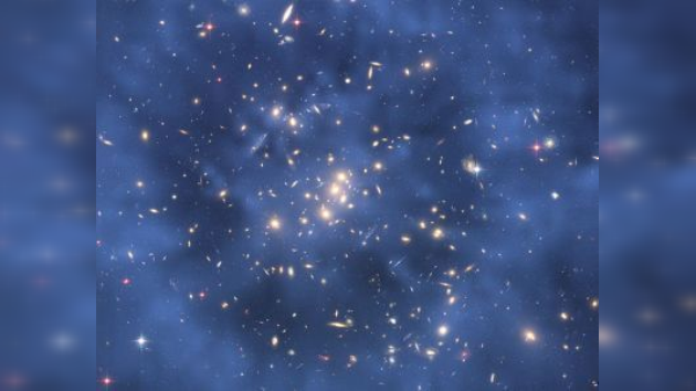 La materia oscura tiene una masa más pesada de lo que se creía