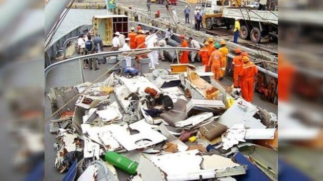 Sigue sin conocerse la causa del siniestro del Airbus París-Río de Janeiro