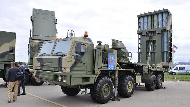 Rusia hace una demostración en el MAKS de su nuevo sistema antiaéreo S-350E Vítiaz