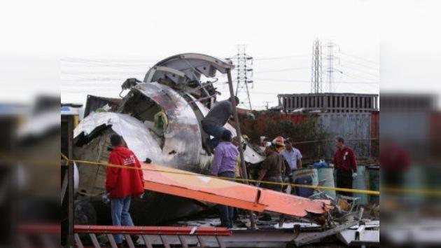 Accidente aéreo en Indonesia deja 27 muertos