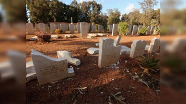 La nueva Libia: profanan tumbas cristianas en un cementerio de la II Guerra Mundial