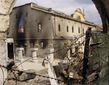 Los templos ortodoxos de Kosovo se encomiendan a Dios para su protección
