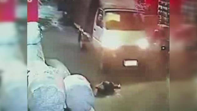 Consternación en China por la indiferencia ciudadana ante el atropello de una niña