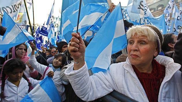 Una huelga general amenaza con paralizar Argentina y dejarla sin transporte ni servicios