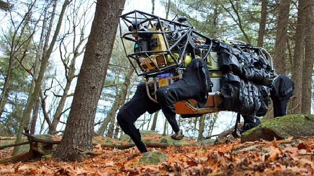 EE.UU. 'doma' su 'mula' robótica: será más segura, resistente y estable en combate