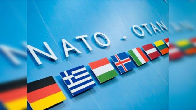 La OTAN acuerda su participación en la operación Amanecer de la Odisea