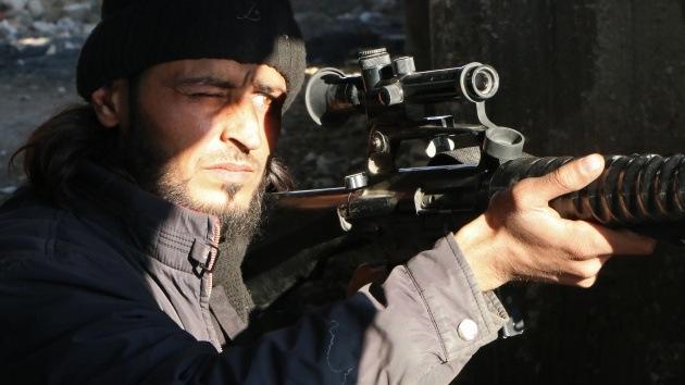 Un nuevo video de una ejecución masiva revela la brutalidad de los islamistas sirios