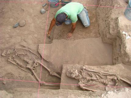 """Fotos : descubren en México un """"cementerio"""" con cráneos alargados . ¿Serán cráneos de extraterrestres? 08fd8c99a45aa106a073764fafb71757_article430bw"""