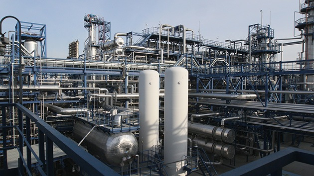 ¿Están contados los días de las compañías petroleras?