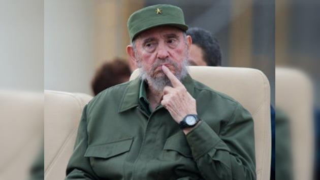 Fidel Castro critica la política migratoria de EE. UU.