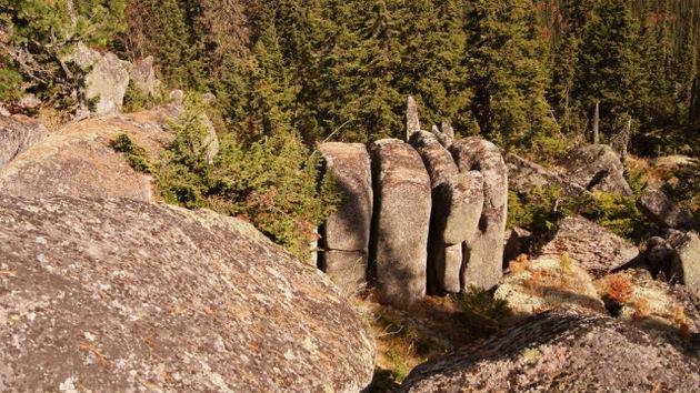 Video, fotos: Encuentran un 'Stonehenge ruso'