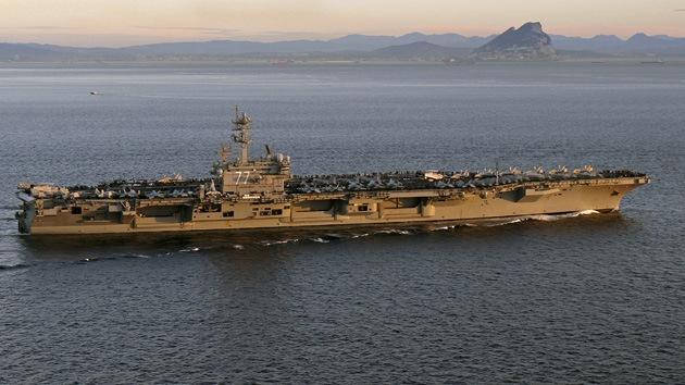 Obama planea enviar un portaviones al golfo Pérsico ante la escalada de violencia en Irak