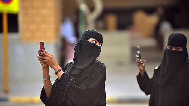 Mil y una noches de chantaje: un saudí coaccionó sexualmente a 1.073 mujeres