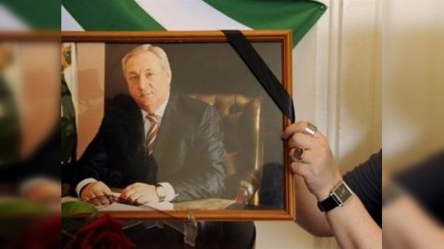 Rinden los últimos honores al presidente de Abjasia, Serguéi Bagapsh, en Rusia