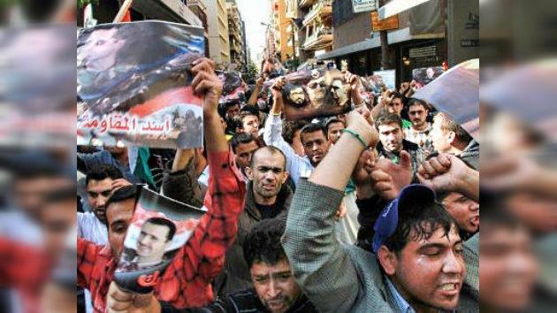 Damasco, entre el sable y la pared: la Liga Árabe le da 24 horas para aceptar observadores