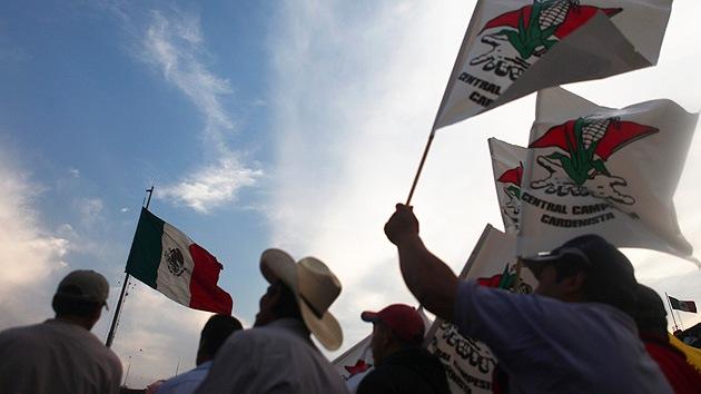 México: forman una 'cadena humana' contra la reforma energética