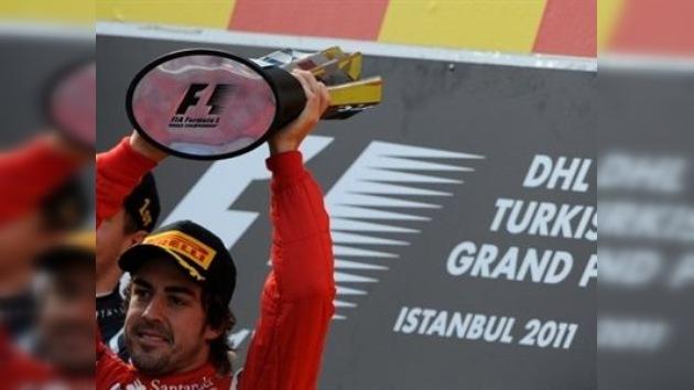 Fernando Alonso vuelve al podio, por detrás de los dos Red Bull