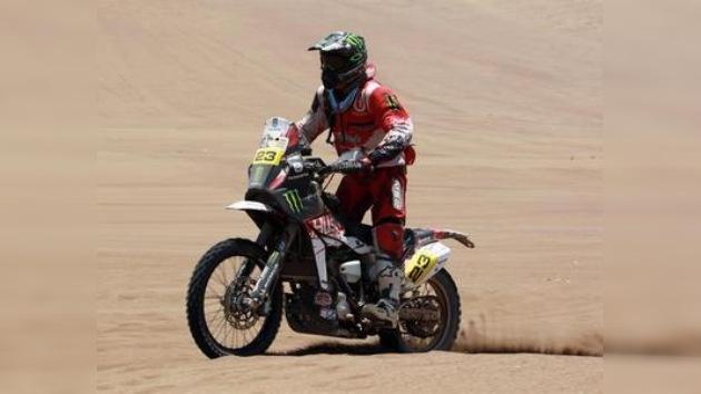 Dakar 2012: Marc Coma acorta distancias y se acerca a Cyril Despres