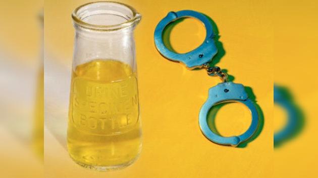 Orina para beber: un joven encerrado durante cinco días sin agua ni comida en EE. UU.