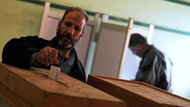 El presidente interino de Egipto convoca elecciones para febrero de 2014