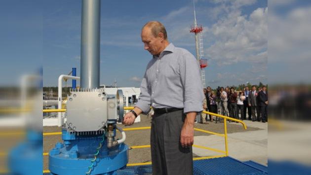 Putin inaugura un tramo del oleoducto entre Rusia y China