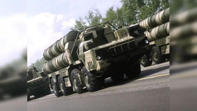 Rusia no suministrará S-300 a Irán pese a sus demandas judiciales