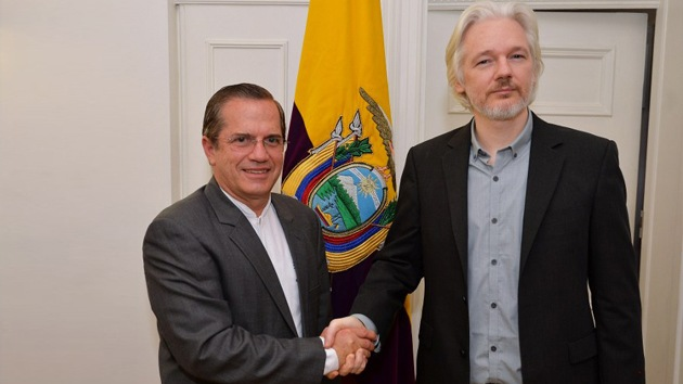 """""""Ecuador debe proteger a Assange y a quienes sacrifican su libertad para informar"""""""