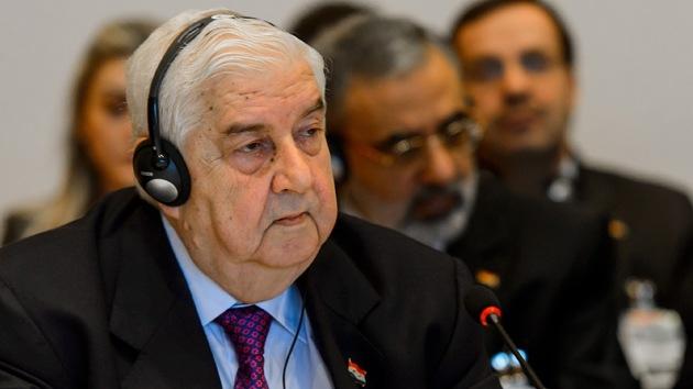 """Siria: """"Nos enseñan la democracia, pero han ahogado a nuestro país en el barro"""""""