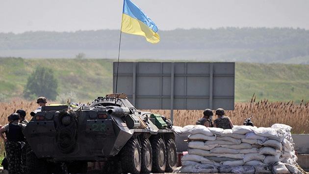 El Ejército ucraniano cerca la ciudad de Slaviansk