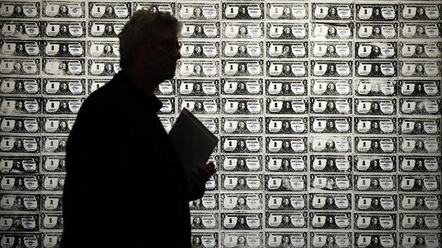 """Experto: EE.UU. se comporta como """"un parásito"""" de la economía mundial"""