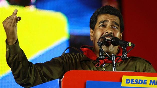 """Maduro denuncia que hay """"mercenarios"""" que quieren generar el caos y matarlo"""
