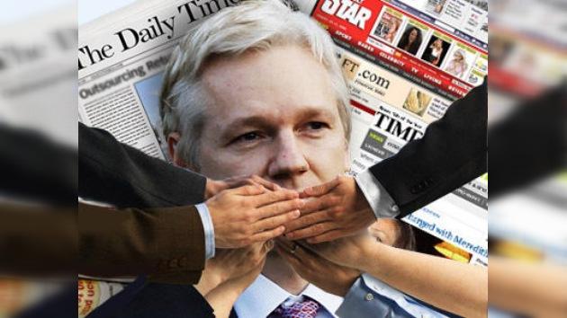 'Histeria colectiva' en los medios de EE. UU., tras el debut de Assange en RT