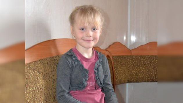 Una niña de 7 años salva la vida de dos amigos
