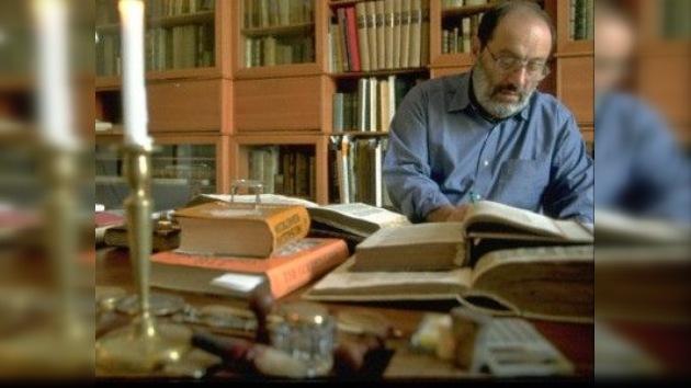 Un regalo para los lectores contemporáneos: Umberto Eco reescribe su obra maestra