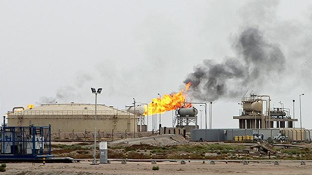El Estado Islámico gana 800 millones de dólares por la venta del petróleo