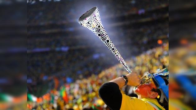 Un ruso compró una vuvuzela de diamantes por 17.000 euros