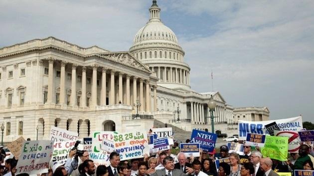 """Obama: """"El pueblo estadounidense está completamente harto de Washington"""""""