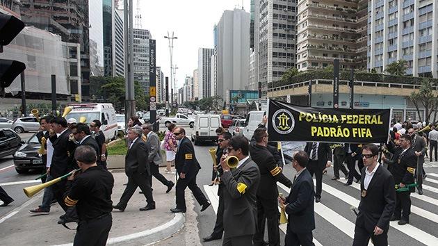 Brasil recurre a las artes marciales para mantener a raya las protestas anti-Mundial