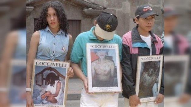 Ecuador cierra 30 clínicas que 'curaban' la homosexualidad con insultos, torturas y orín