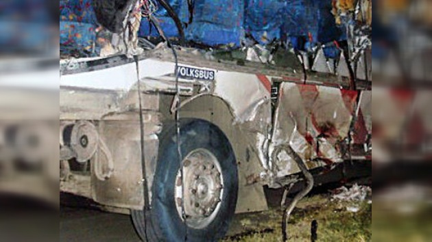 Un accidente de tránsito en Ecuador deja decenas de muertos y heridos