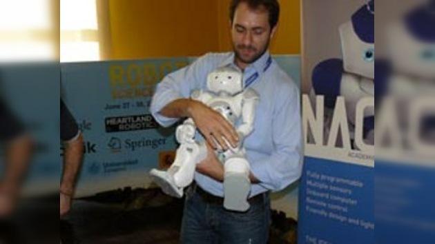 Robots humanoides bailan a lo Michael Jackson en España