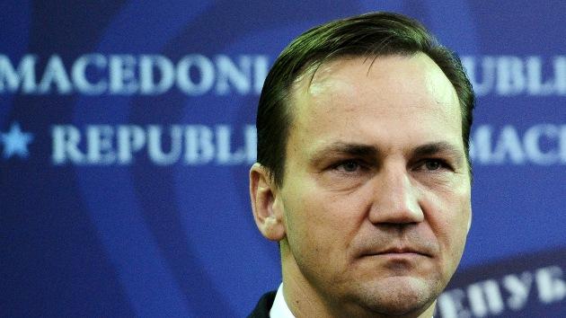 El canciller de Polonia compara las relaciones de su país con EE.UU. con el sexo oral