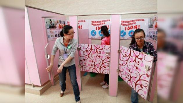 Ocupa el WC: la lucha contra las filas en los lavabos femeninos chinos
