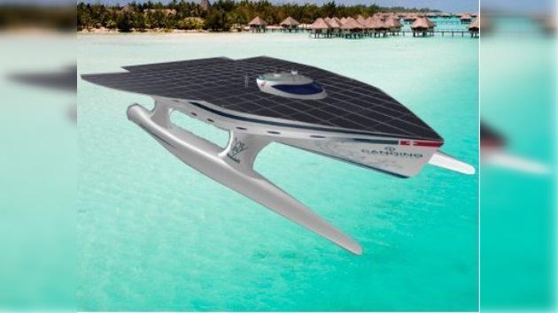 Presentaron el barco solar más grande del mundo