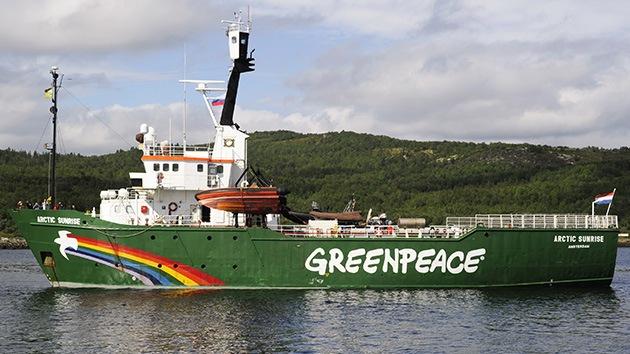 """Rusia rebaja a """"vandalismo"""" los cargos contra los activistas de Greenpeace"""