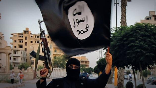FUERTES IMÁGENES: Terroristas del Estado Islámico ejecutan a 250 soldados sirios
