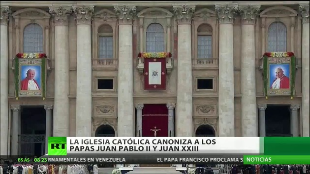 Juan XXIII y Juan Pablo II son proclamados santos por el papa Francisco