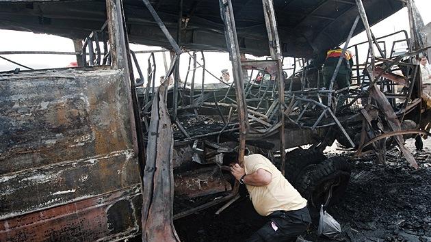 Pakistán: hay  varios muertos tras un atentado contra autobús oficial