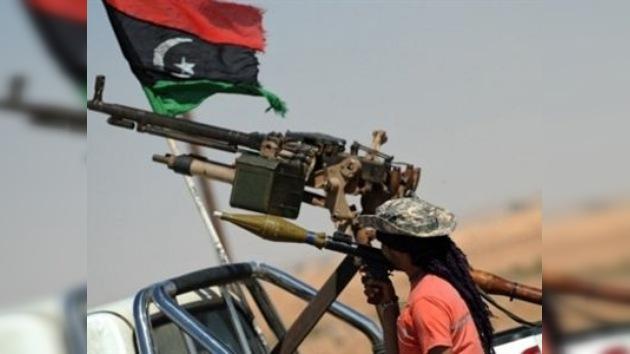 La OTAN lanza nuevos ataques contra las armerías de Gaddafi